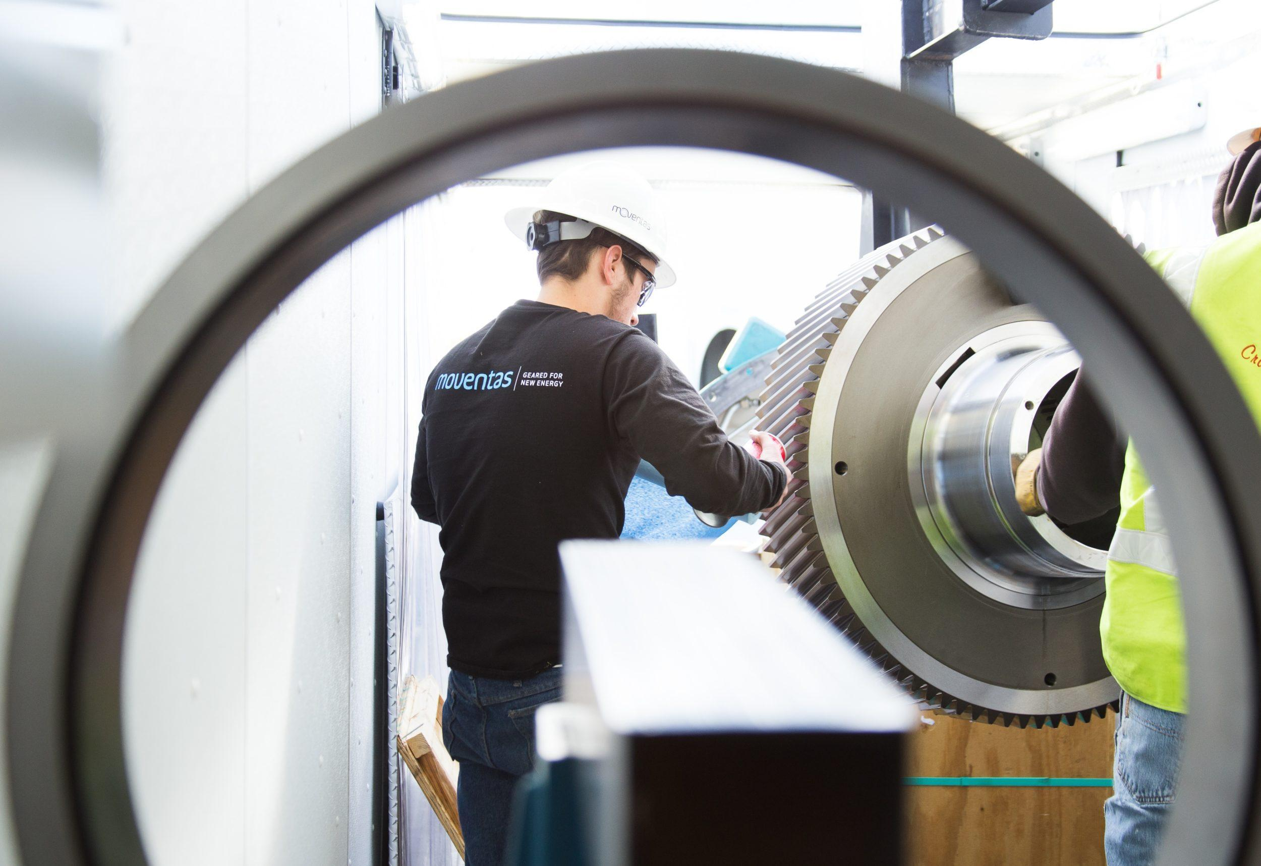 Moventas wind turbine gearbox service